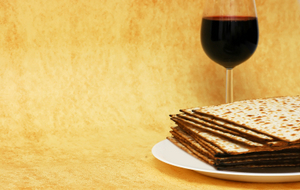 SYMBOLS OF PASSOVER © Victoria German | Dreamstime.com